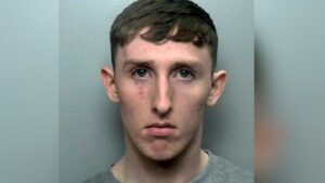 Hombre mata a su amiga de la infancia tras ingerir drogas; lo condenan a 21 años de prisión