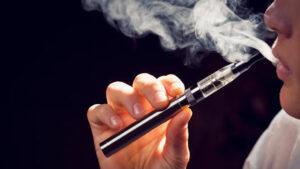 Por decreto presidencial queda prohibida la importación de cigarrillos electrónicos