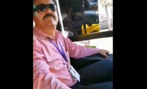 Chófer de Guadalajara baja de su unidad a una pareja gay por irse besando