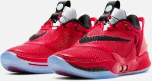 Nike presenta sus nuevos tenis con agujetas que se ajustan automáticamente