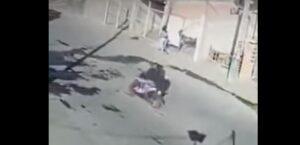 Mujer evita que secuestren a su niño en Ecatepec