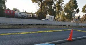 Dos mujeres se lanzan de un autobús para evitar asalto; una de ellas muere