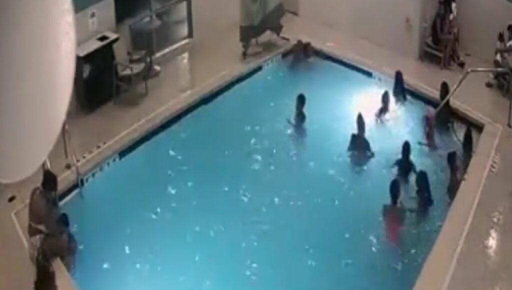 Una niña y su madrina salvan de morir ahogado a un bebé