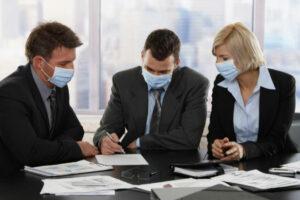 Ley deja incierto pago de salario a empleados suspendidos por coronavirus