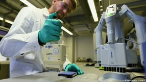 Rusia inicia pruebas en animales de una vacuna contra el coronavirus