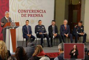 Gobernador de Hidalgo, quien dio positivo en Covid-19, se reunió con AMLO hace 10 días