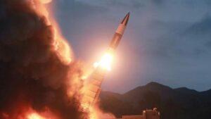 Corea del Norte lanza dos misiles al mar de Japón