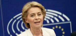 """Una vacuna contra el coronavirus podría distribuirse """"antes del otoño"""", dice funcionaria de la UE"""