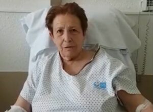 """""""Se van a mejorar igual que yo"""": mujer de 75 años curada de coronavirus"""