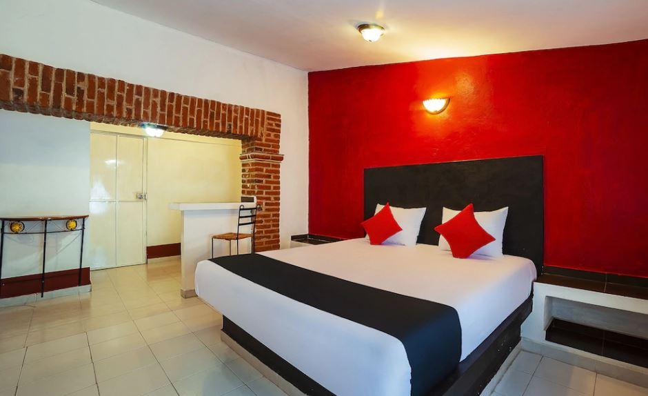Cadena hotelera ofrece alojamiento gratis a médicos en México