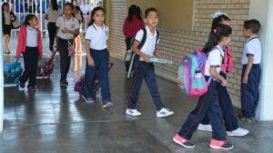 Vacaciones de verano podrían utilizarse para reponer clases, propone Mexicanos Primero