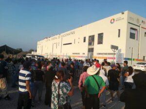 Habitantes amenazan con quemar hospital si atienden a pacientes con Covid-19 en Morelos