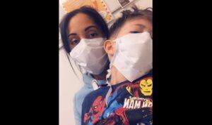 Mujer comparte su dura experiencia al cuidar a su hijo de 5 años con Covid-19