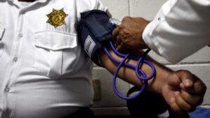 Policías con obesidad, hipertensión y diabetes deberán quedarse en casa: Sheinbaum