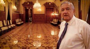 AMLO muestras salones y objetos del Palacio Nacional en entrevista con Epigmenio Ibarra
