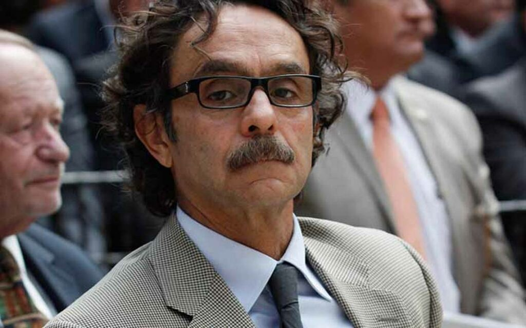Gabriel Quadri arremete contra López-Gatell y cuestiona sus estudios