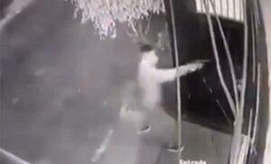 En sólo 30 segundos, ladrones despojan de vehículo a hombre en Naucalpan