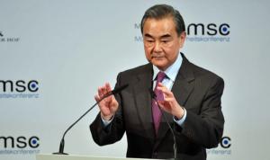 China advierte que está al borde de una guerra fría con EU