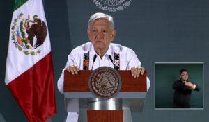 En junio se tocará fondo en la situación económica del país: AMLO