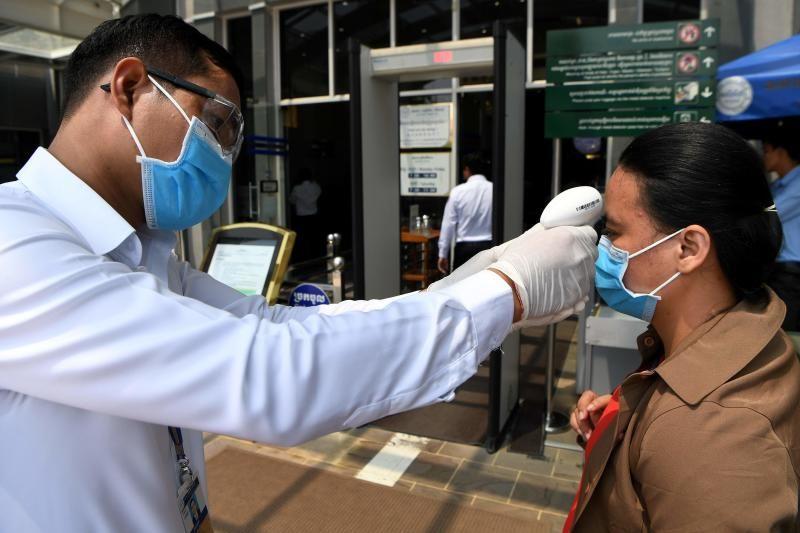 Millonarios piden que le cobren más impuestos para hacer frente a la pandemia
