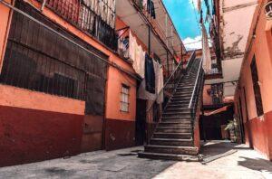 Morena en CDMX propone iniciativa para que inquilinos no se queden sin hogar por crisis