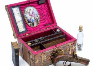 En Reino Unido subastarán cofre antiguo de un cazador de vampiros