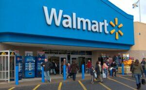 Walmart paga sus adeudos fiscales e invita a otras empresas a hacer lo mismo