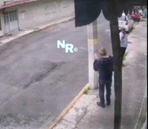 Delincuente utiliza jeringa para robar a transeúnte en la CDMX (VIDEO)