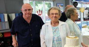 Matrimonio que tenía 53 años de casados muere el mismo día de Covid-19