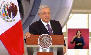 Por opulento, avión presidencial debió llamarse Porfirio Díaz o Carlos Salinas de Gortari: AMLO