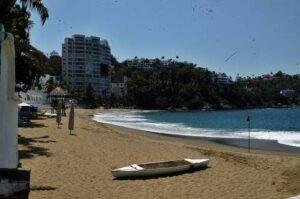 Hoteles de Colima ofrecen hospedaje de a peso a turistas