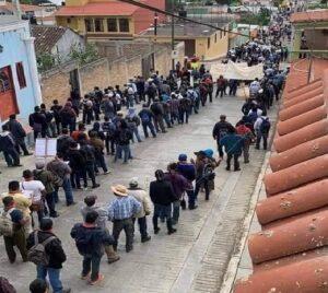 """Indígenas de Chiapas aseguran que la Covid fue creada """"para matar a la gente mayor"""""""