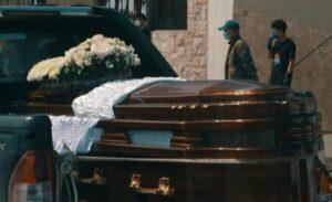 """Joven aparece con vida una semana después de haber sido """"sepultada"""""""