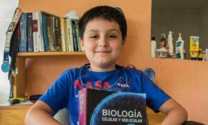 """""""Niño genio"""" ingresa a laUniversidad Anáhuac para estudiar ingeniería Biomédica"""