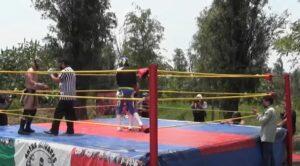 "Luchadores organizan ""Chinampaluchas"" en Xochimilco para hacerle frente a la crisis"